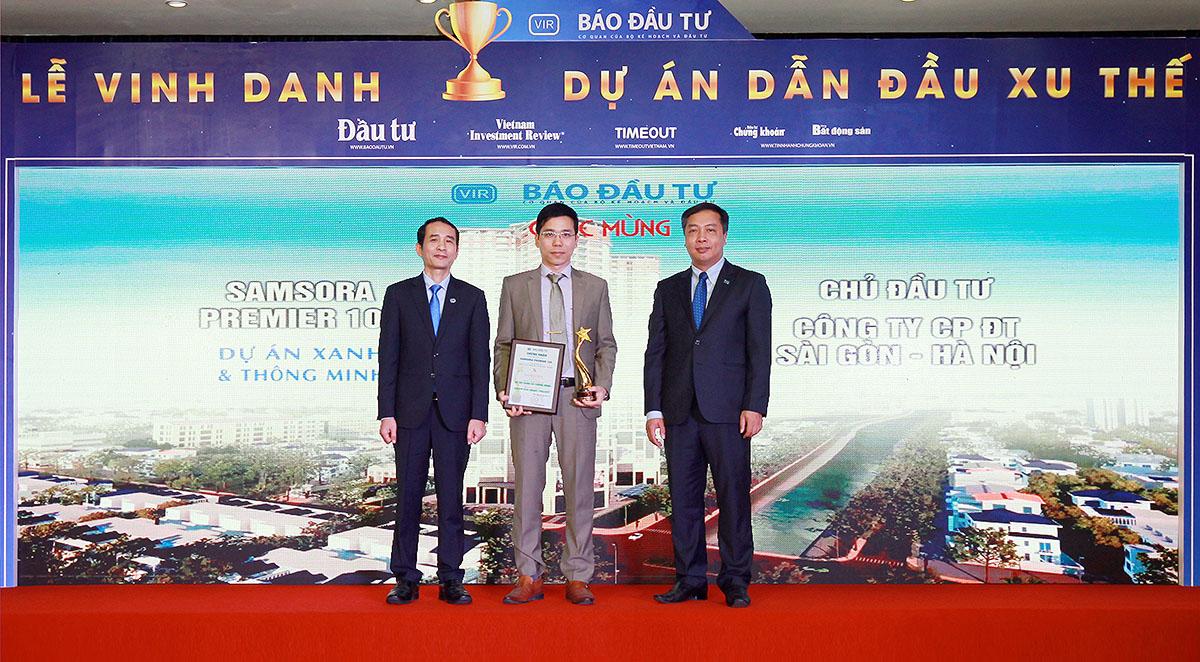 Ông Vũ Ngọc Hoan, Phó tổng giám đốc CTCP Đầu tư Sài Gòn - Hà Nội nhận giải cho Dự án Samsora Premier 105.