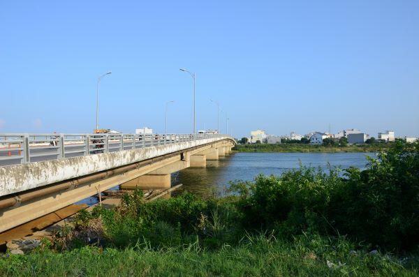 Cầu Hoà Xuân