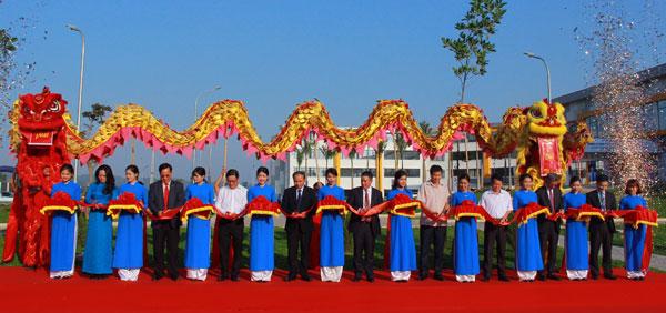 Tập đoàn TAL đến Việt Nam từ năm 2004, đến thời điểm này có 2 Dự án lớn tại Thái Bình và Vĩnh Phúc.