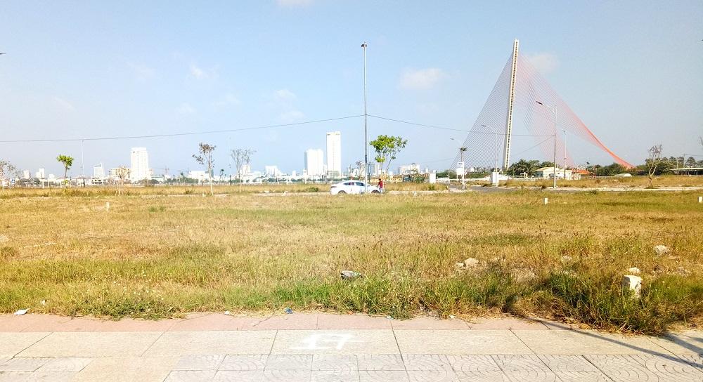 Chủ đầu tư khu đất từ Cầu Rồng đến cầu Trần Thị Lý đã đồng ý hoán đổi lấy 1 khu đất khác để Đà Nẵng mở rộng công viên APEC.