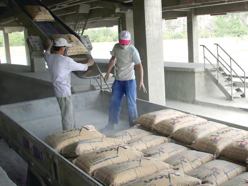 Vicem đang chiếm thị phần lớn nhất trong thị trường xi măng Việt Nam. Trong ảnh: Sản xuất tại Công ty Vicem Hải Phòng. Ảnh: Đức Thanh