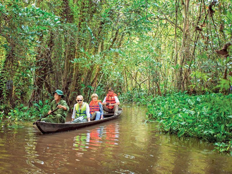 Xẻo Quýt đã trở thành điểm du lịch hấp dẫn với du khách quốc tế khi đến Đồng Tháp.