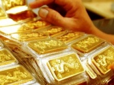 Giá vàng hôm nay 18/4: Vàng lên cao, USD tụt giảm
