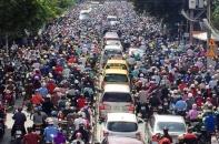 Giảm ùn tắc giao thông cho Hà Nội hơn 7 triệu dân: Cần giải pháp tận gốc và đồng bộ